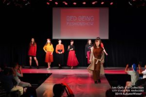 Red being Fashionshow